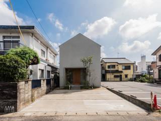 Moderne Häuser von 安江怜史建築設計事務所 Modern
