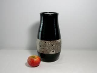 Grand vase en grès noir décoré à la main:  de style  par Si la pluie...