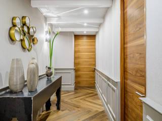 NIVEL TRES ARQUITECTURA Couloir, entrée, escaliers classiques