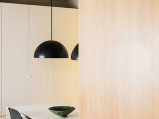 Comedores de estilo escandinavo de Iglesias-Hamelin Arquitectos c.b. Escandinavo