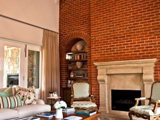 Living room by Walker Smith Architects, Classic