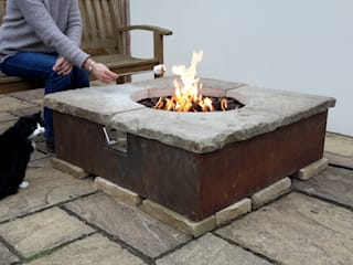 Table firepit Rustic style garden by Lithic Fire Rustic