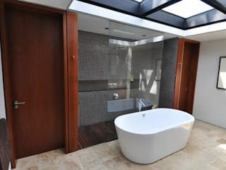 www.mezzanineinteriors.co.za Modern bathroom