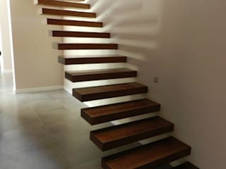 Staircase Modern corridor, hallway & stairs by XTid Associates Modern Wood Wood effect