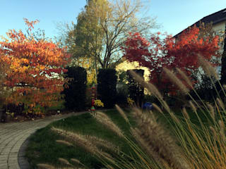 Classic style garden by dirlenbach - garten mit stil Classic