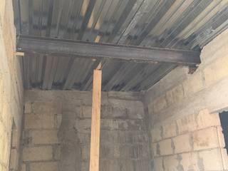 gonzalez&diaz Minimalist walls & floors Reinforced concrete Metallic/Silver
