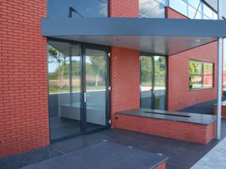 Buiten Parkeerplaats:  Muren door LINDESIGN Amsterdam Ontwerp Design Interieur Industrieel Meubels Kunst