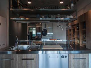 Kitchen by 珞石設計 LoqStudio, Industrial
