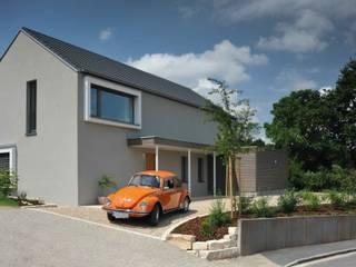 Casas modernas: Ideas, imágenes y decoración de GRIMM ARCHITEKTEN BDA Moderno