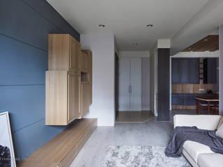Moderner Flur, Diele & Treppenhaus von 思維空間設計 Modern