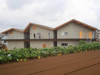 関沢の共同住宅: 鈴木淳史建築設計事務所が手掛けた家です。
