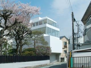 用賀の家: 鈴木淳史建築設計事務所が手掛けた家です。