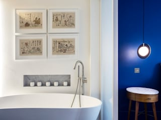 ensuite bathroom Gundry & Ducker Architecture Modern style bathrooms Tiles Blue
