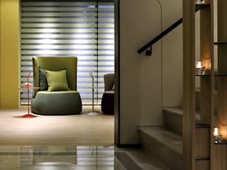 Pasillos, vestíbulos y escaleras de estilo moderno de 天坊室內計劃有限公司 TIEN FUN INTERIOR PLANNING CO., LTD. Moderno