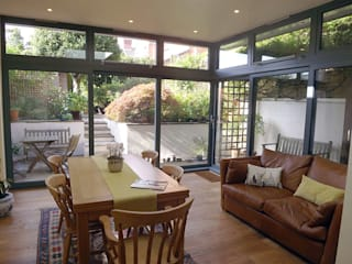 Garden Room, Private House,  Redland, Bristol: modern Dining room by Richard Pedlar Architects