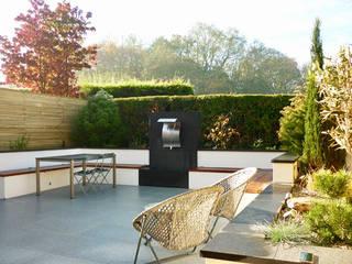 Small Sunken Garden Nowoczesny ogród od Barry Holdsworth Ltd Nowoczesny