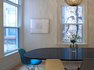 Scandinavian style dining room by STUDIO Z Scandinavian