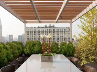 Balkon, Beranda & Teras Modern Oleh Koko Architecture + Design Modern