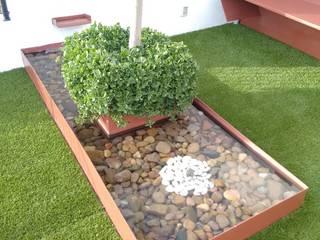 Jardins modernos por Arqca Moderno