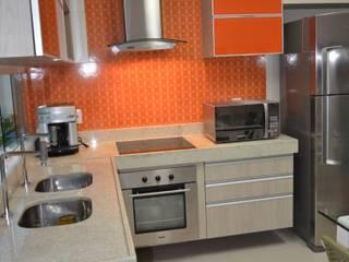 Cocinas de estilo clásico de Cris Nunes Arquiteta Clásico