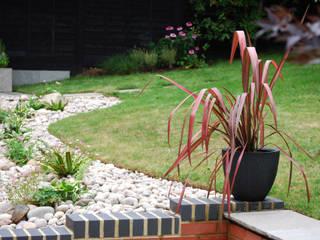 Welwyn Garden Revamp: modern Garden by Jane Thomas Landscape & Garden Design