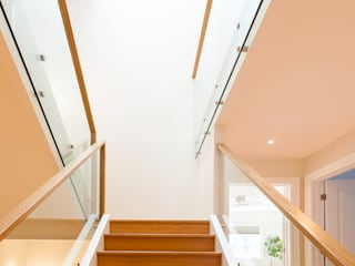 Modern Corridor, Hallway and Staircase by Solares Architecture Modern