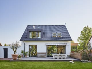 Casas de estilo moderno de Philip Kistner Fotografie Moderno