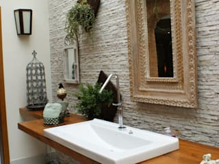 MBDesign Arquitetura & Interiores Eclectic style bathrooms