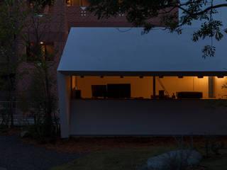 Casas de estilo ecléctico de Snowdesignoffice Ecléctico
