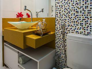 Cris Nunes Arquiteta Classic style bathrooms