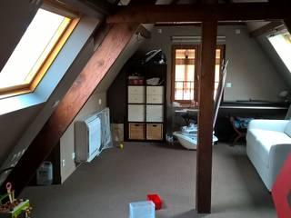 Maison familiale Chambre moderne par (pH)² Moderne