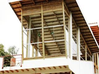 Casas modernas: Ideas, diseños y decoración de Zuarq. Arquitectos SAS Moderno