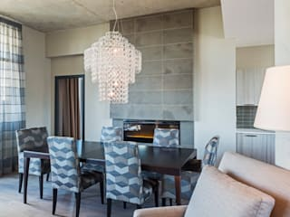 Penthouse Dining Room:  Dining room by Collage Designs