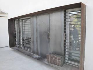VIVIENDA UNIFAMILIAR Casas de estilo moderno de RAFAEL ALCANTARA Moderno