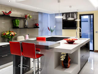 Residence Harris:  Kitchen by FRANCOIS MARAIS ARCHITECTS,