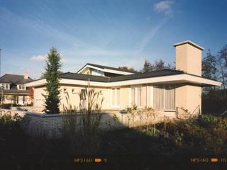 by Voets Architectuur en Stedenbouw Еклектичний