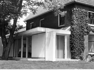 โดย Voets Architectuur en Stedenbouw โมเดิร์น