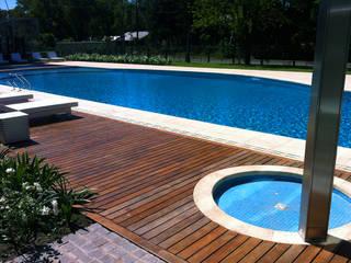 VIER ABINET S.A. Pisos & Decks Piscinas de estilo moderno Madera maciza Acabado en madera
