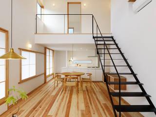 Woonkamer door 株式会社kotori, Modern