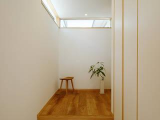 Ingresso & Corridoio in stile  di 株式会社kotori