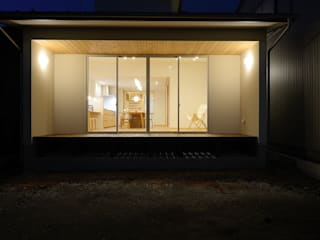 Moderner Balkon, Veranda & Terrasse von 株式会社kotori Modern