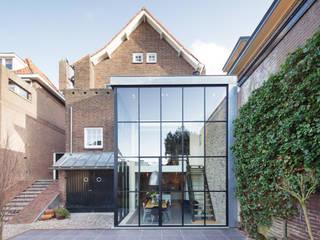 BuroKoek Rumah Modern