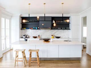 Skandinavische Küchen von ATTIK Design Skandinavisch