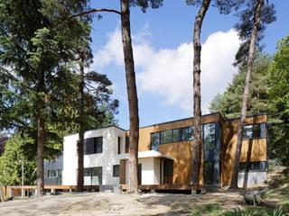 Extension et rénovation lourde d'une maison existante Maisons modernes par BOArchitecture Moderne