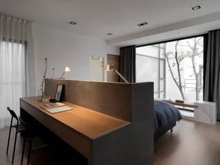 夏沐森山設計整合 Camera da letto moderna