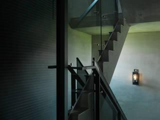 インダストリアルな 玄関&廊下&階段 の 夏沐森山設計整合 インダストリアル