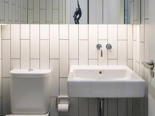 modern Bathroom by Guttfield Architecture