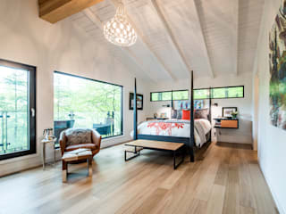 Mad River Chalet Modern Bedroom by BLDG Workshop Inc. Modern