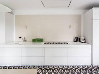 BLACK & WHITE:  Keuken door ZOOM.INDUSTRIES