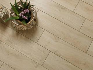 Wood effect tiles ItalianGres Ruang Keluarga Klasik